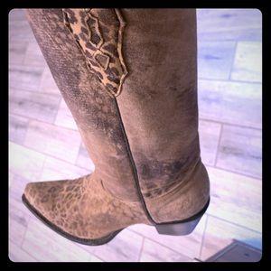 Leopard Cowboy Style Boots